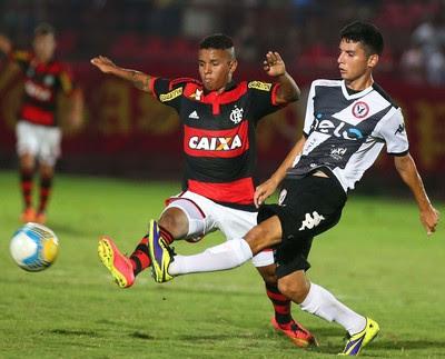Osasco x Flamengo, Copa São Paulo de Juniores (Foto: Marcos Bezerra / Ag. Estado)