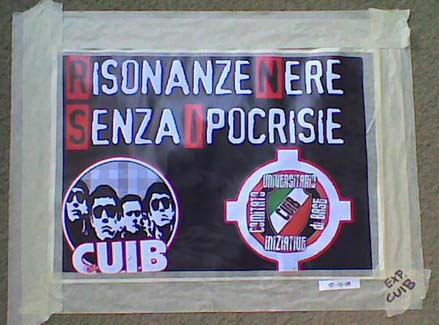 manifesti fascisti alla Cattolica di Milano
