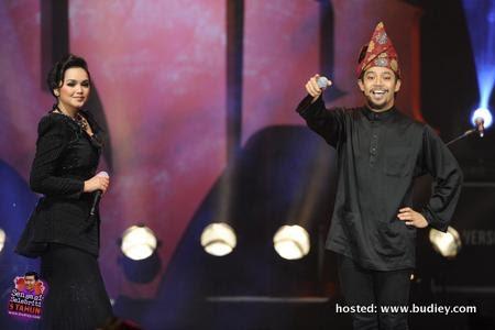 Dato' Siti Nurhaliza and Noh Hujan