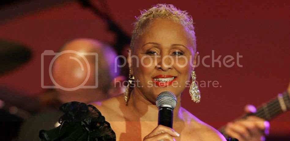 photo darlenelove.jpg
