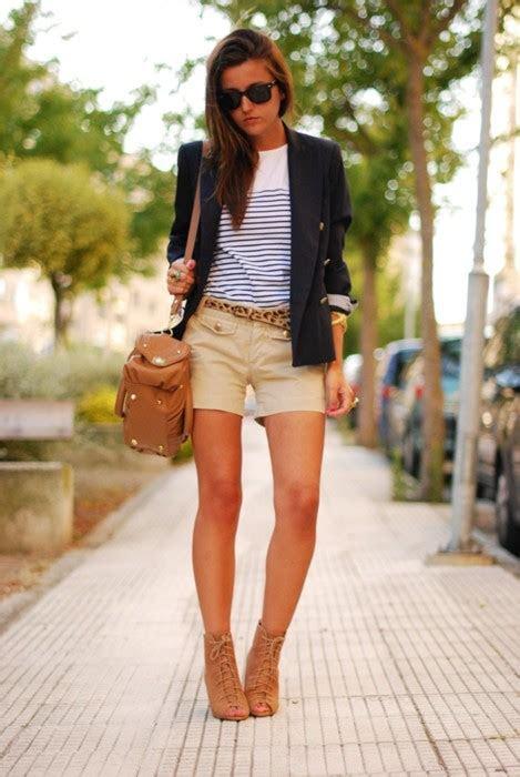 khaki shorts  women high fashion update