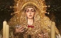 La Medalla de la Ciudad ya luce en el tocado de la Virgen. / Juanma Labrador