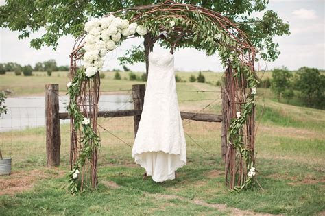 barn wedding decorations for sale   Rustic Wedding Venue