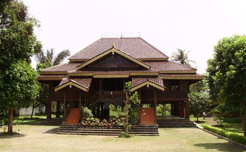 Traditional House in Indonesia  Mannaismaya Adventure's Blog