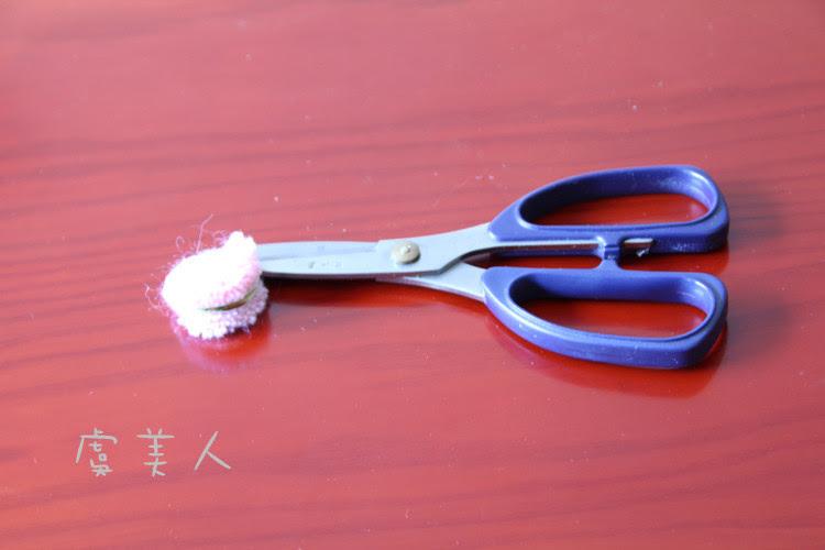 二款毛红绒球的制作 - 虞美人 - 虞美人