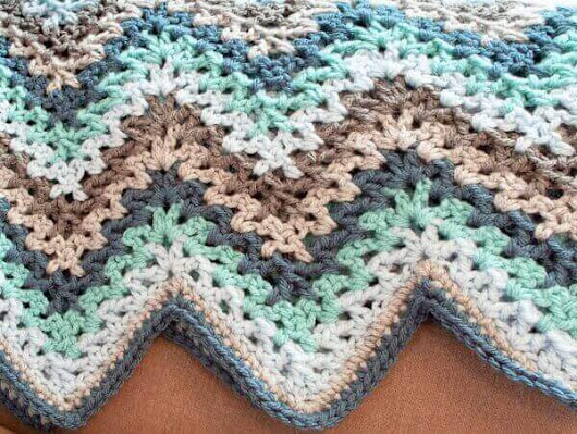 V-Stitch Crochet Ripple Afghan Pattern - Petals to Picots