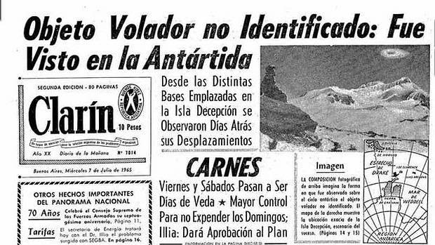 La tapa de un periódico argentino del 7 de julio de 1965, tras el comunicado de la Armada informando sobre el avistamiento de un ovni en la Antártida. (Archivo Clarín).