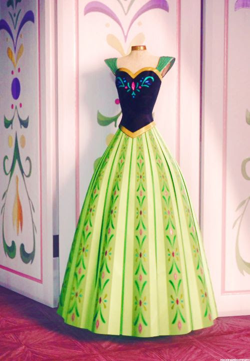 sewing project // frozen // anna's coronation dress