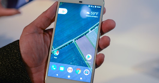 Hands on: Google Pixel and Pixel XL