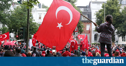 Germany expects rise in political asylum claims after Turkish coup attempt | World news | The Guardian