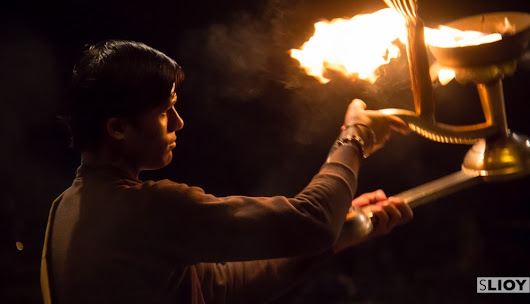 Photographer's Guide: Varanasi 'Ganga Aarti' Puja Ceremony