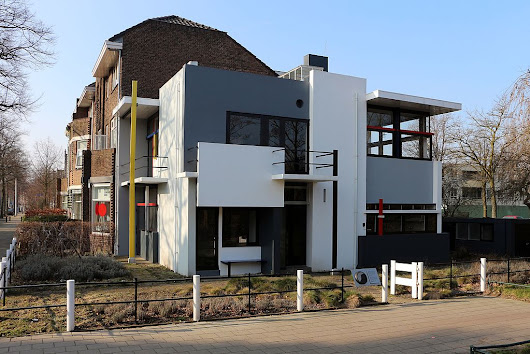 Visiting the Netherlands: The Rietveld Schröder House