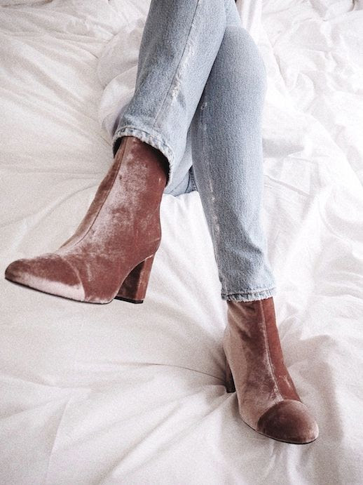 Le Fashion Blog Fall Style Jeans Brown Velvet Chunky Heeled Boots Via Vasilieva