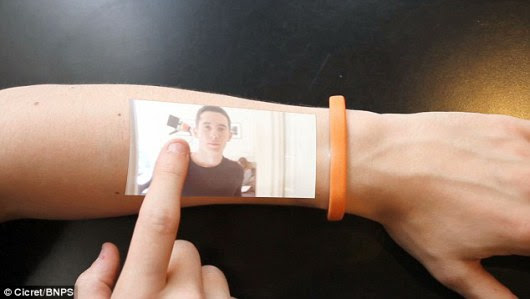 Amazing Wearable Tech: Bracelet Turns Skin Into Touch Screen