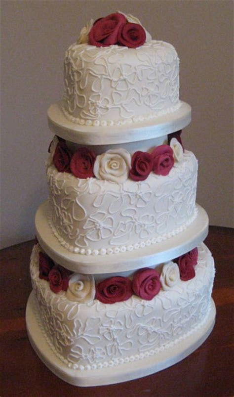 Tiered Wedding Cakes   Iced Magic Cakes