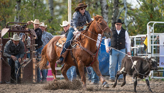 Hamiota cowgirl sets sights on championship roping event in Las Vegas