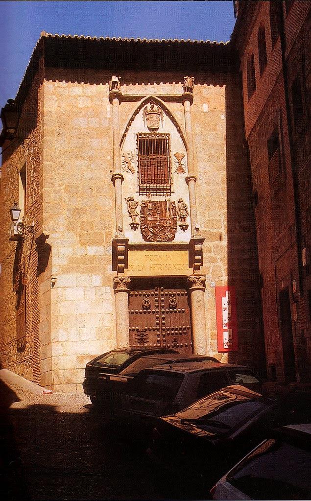 Fachada de la Posada de la Hermandad de Toledo en los años 90