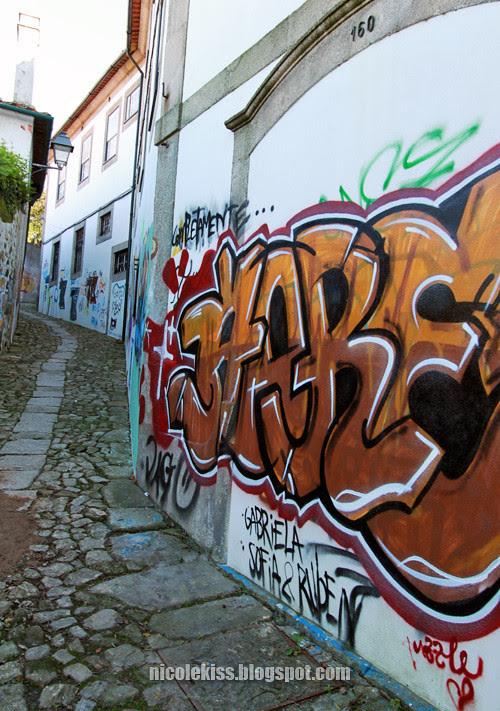 graffiti wall porto