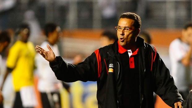 Corinthians x Flamengo Luxemburgo (Foto: Marcos Ribolli / Globoesporte.com)