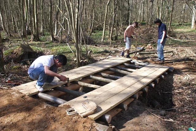 DSC_3746 Building a log bridge