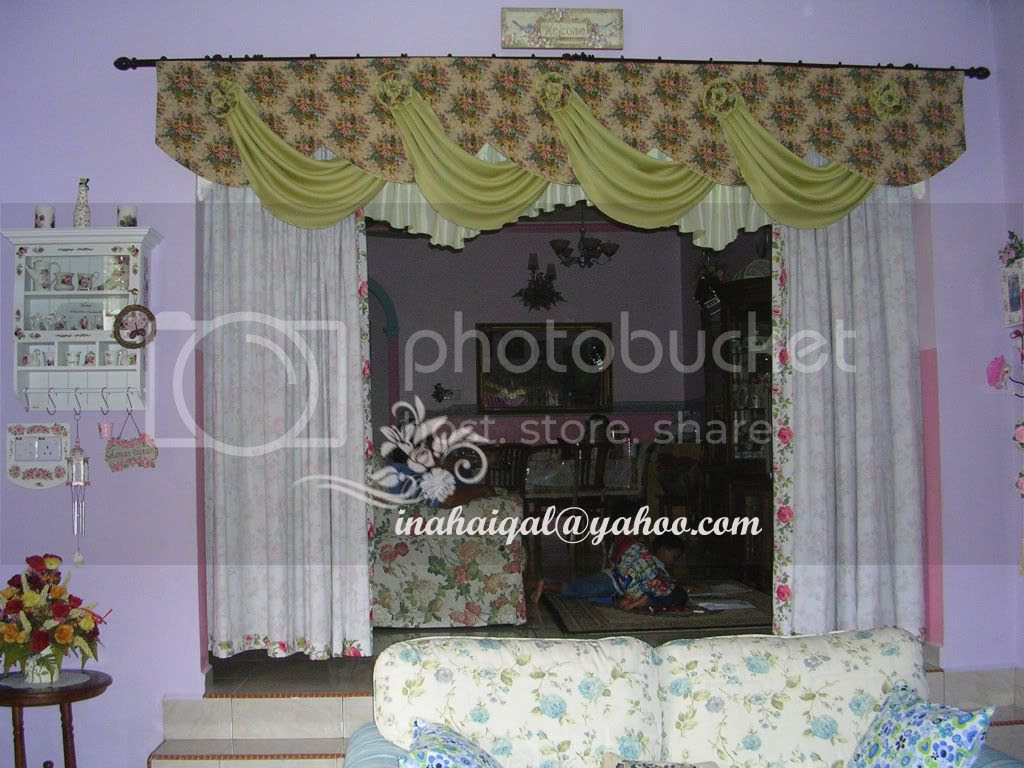 Living room curtain photo curtain_green.jpg