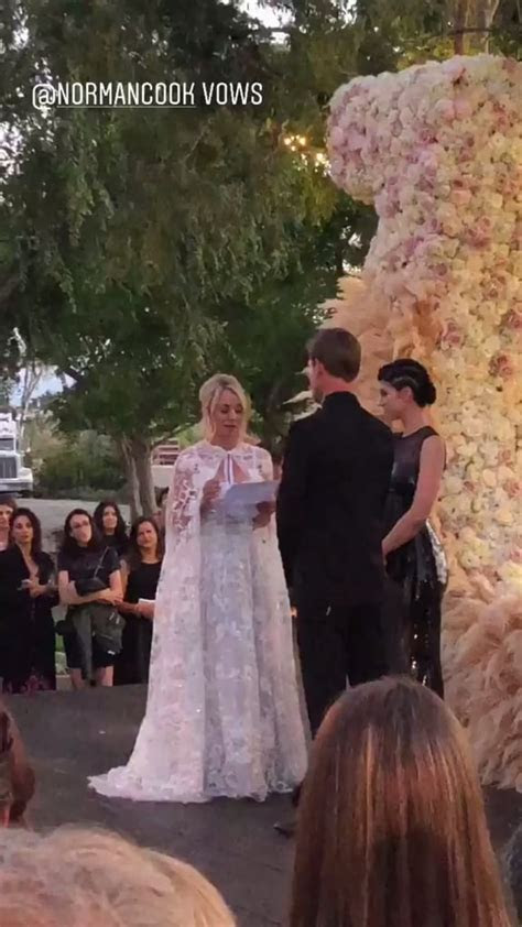 Kaley Cuoco and Karl Cook Wedding Pictures   POPSUGAR
