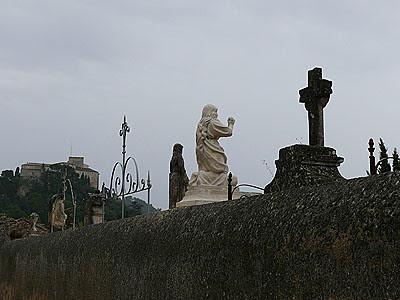 cimetière d'Ansouis.jpg