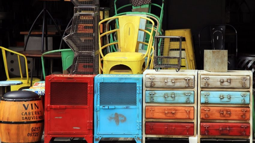 How to Open a Second Hand Shop - Furniture