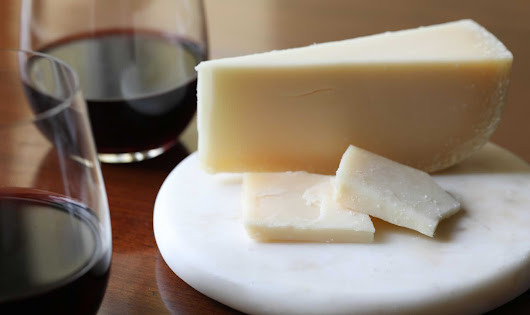 Wine and Cheese Pairing Tips: Best Cheeses with Cabernet Sauvignon