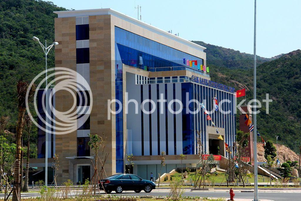 'Cận cảnh' Cảng Quốc tế Cam Ranh - ảnh 11