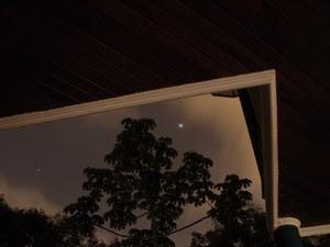 Júpiter é um ponto luminoso visto a olho nu da terra. Foto foi feita da janela de astrônomo amador de Mogi das Cruzes (Foto: Marco Mastria/ Arquivo Pessoal)
