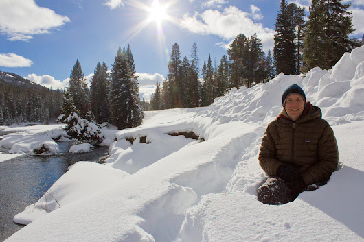 Ultimate Travel Gear Guide for Yellowstone in the Winter - Travel For Wildlife