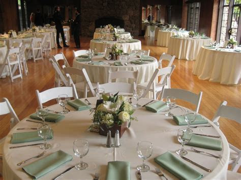 Celadon green napkins with ivory linens are a subtle