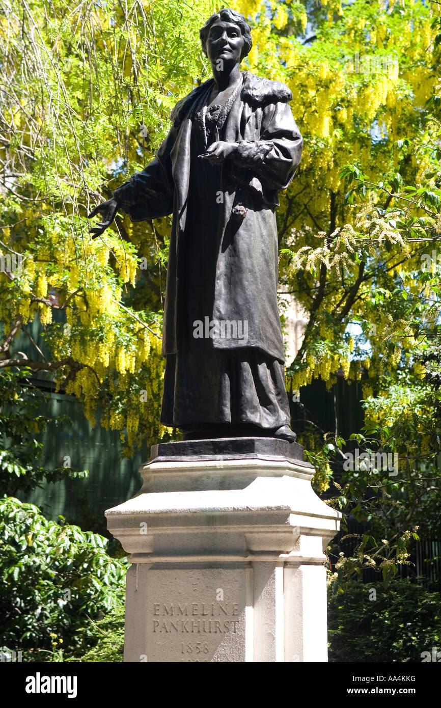 """Résultat de recherche d'images pour """"emmeline pankhurst statue"""""""