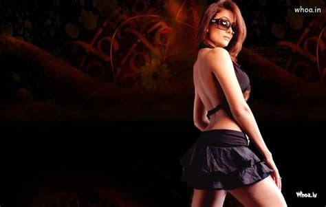amrita arora  black skirt hot hd wallpaper