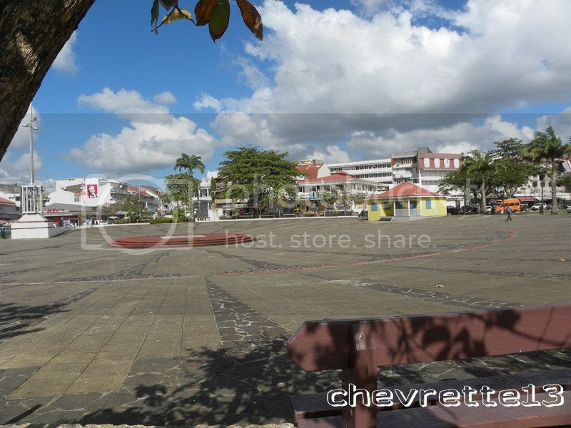 http://i1252.photobucket.com/albums/hh578/chevrette13/Guadeloupe/DSCN7230Copier_zpsb40f2cd5.jpg