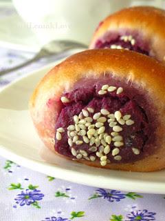 Purple Sweet Potato buns 奶香紫薯面包