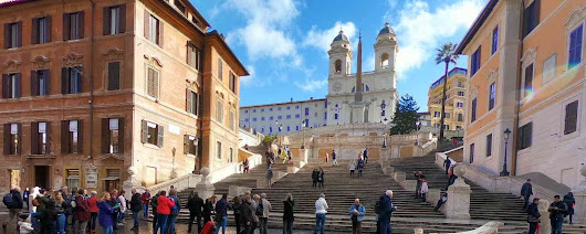 What to do at the Spanish Steps
