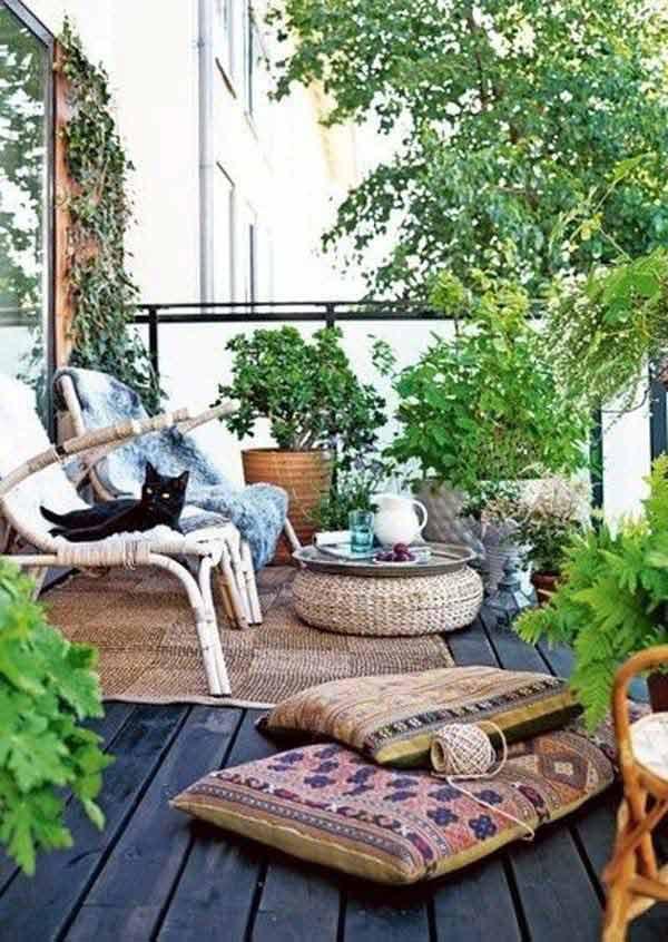 Small-Balcony-Garden-ideas-24