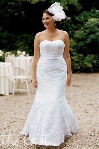How to Pick a Wedding Dress that Hides Your Belly Fat