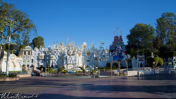 Disneyland Resort, Disneyland, it's a small world, Small World, Holiday, Christmas Time