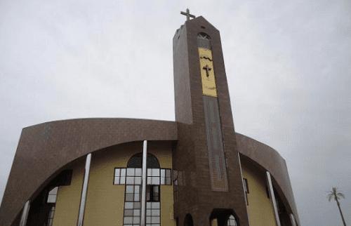 Catholic Church Youths Face Police, Shoots DPO