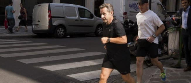 Nicolas Sarkozy a annoncé vendredi son retour à la vie politique française.