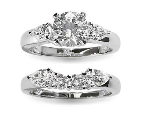 Gottlieb & Sons Engagement Rings   Flare