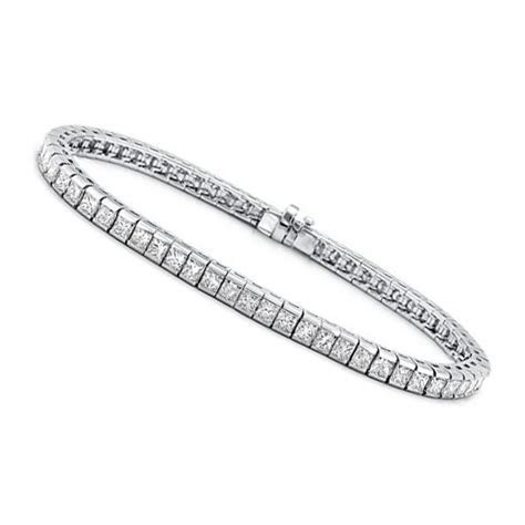 3.00 ct Princess Cut Diamond Tennis Bracelet in Channel