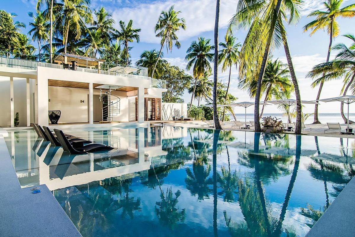 Luxury Villas Airbnb Luxury Retreats Maldives 2 Storyv Travel Lifestyle