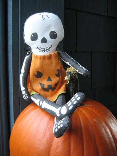 Pumpkin Skellie Plushie