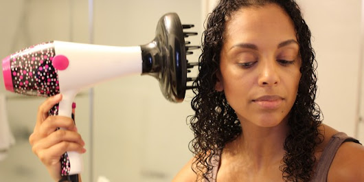 How to Diffuse Curly Hair | Melting Pot Beauty