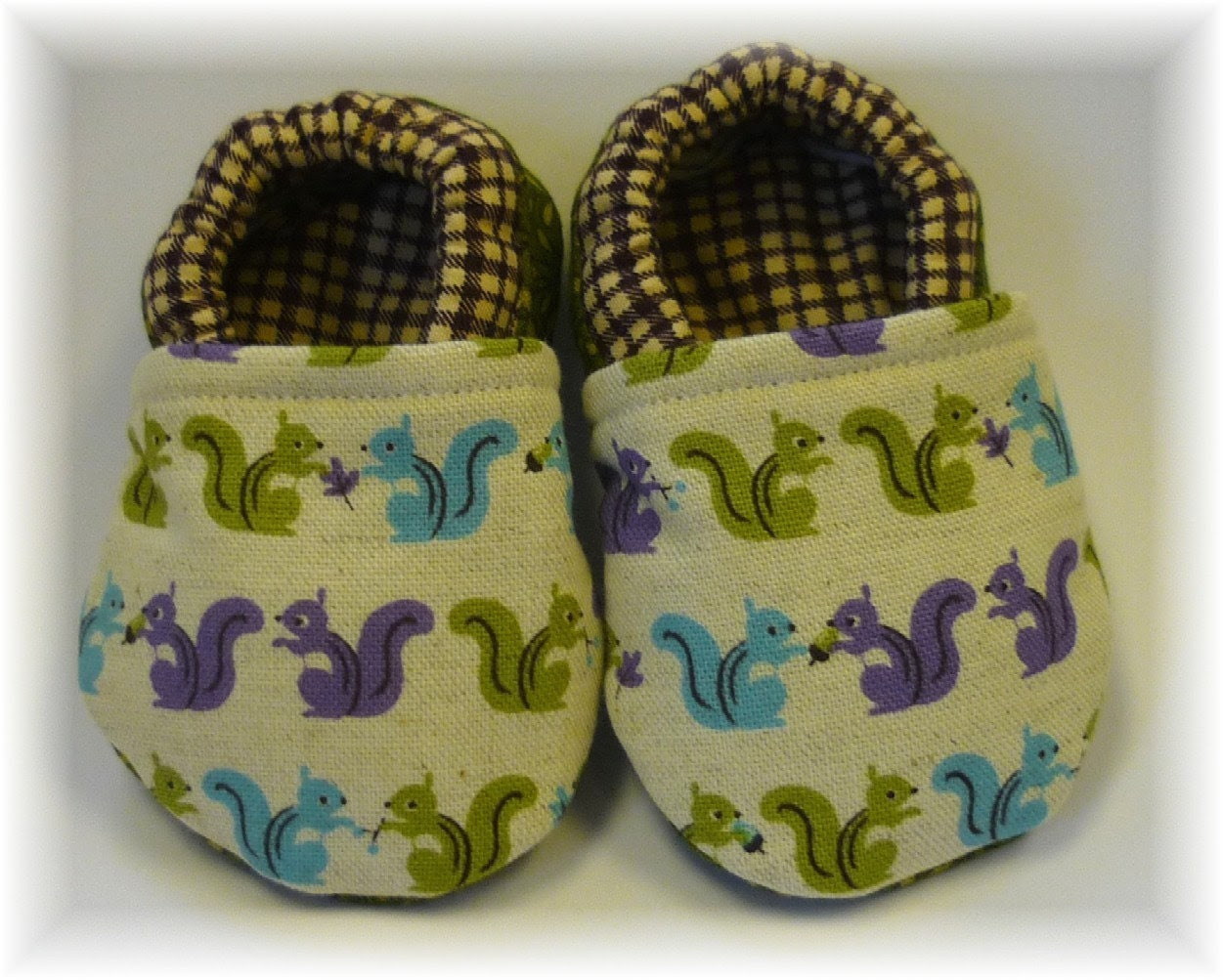 Modern Squirrels Baby Crib Shoes Booties
