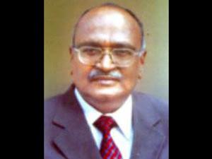 Dr Muthunayagam
